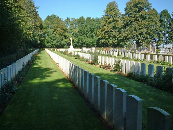 Villiers-Faucon Cemetery